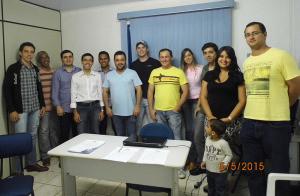 Professor Valmir e a nova diretoria da Empresa Júnior
